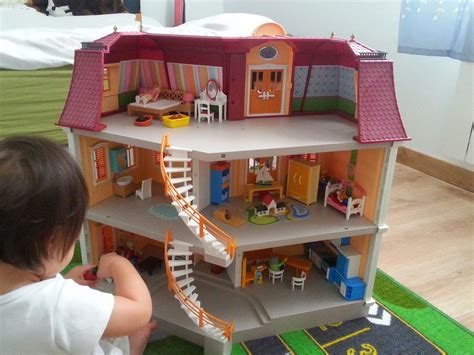 It keeps me thinking: Playmobil house   model no. 5302
