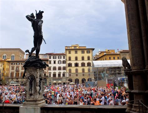 Italy vs. the tourists   The Florentine