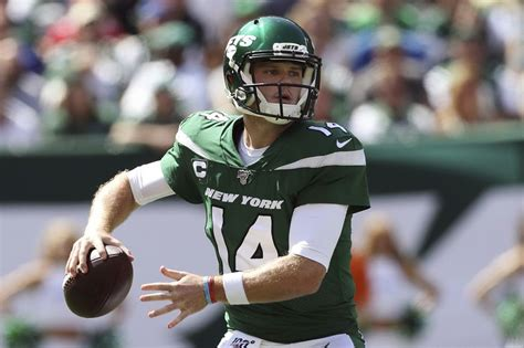 Jets QB Sam Darnold Doesn t Want to Die   Football ...