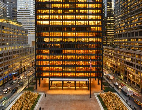 JLL to Market Anchor Space at Manhattan's Seagram Building