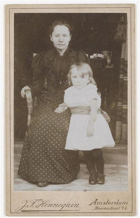 Jo van Gogh Bonger, widow of Theo van Gogh   with son ...