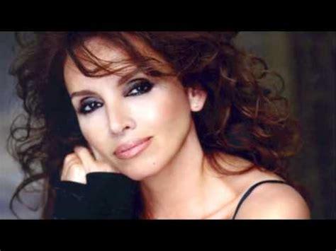 Joan Manuel Serrat & Ana Belén   Palabras de Amor    YouTube