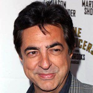 Joe Mantegna   Bio, Facts, Family | Famous Birthdays
