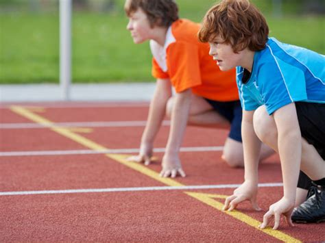 Jogging Vs Sprinting: Which Is Better?   Boldsky.com
