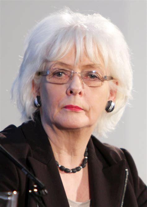 Jóhanna Sigurðardóttir   Wikipedia