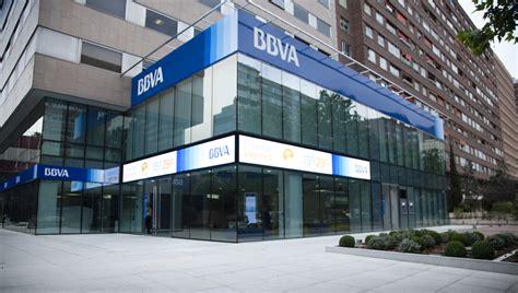 John Ryan suministra al BBVA el display LED más largo de ...