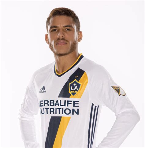 Jonathan Dos Santos Officially Announced As An LA Galaxy ...