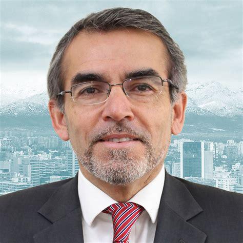 José Julio León Reyes   Universidad Santo Tomás