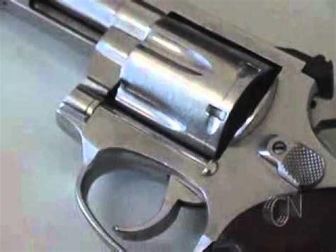 Jovem preso com arma de fogo especial   YouTube