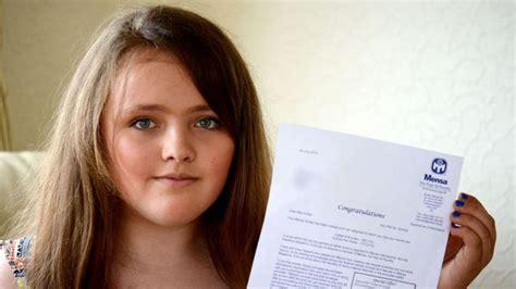Joven de 12 años tiene más C.I. que Einstein y Hawking ...