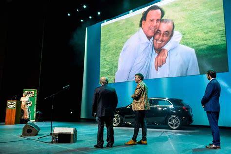 Juan José Hidalgo recibe el Premio del Turismo de Onda ...
