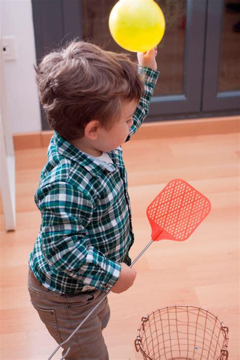 Juegos de interior con globos   Actividades para niños ...