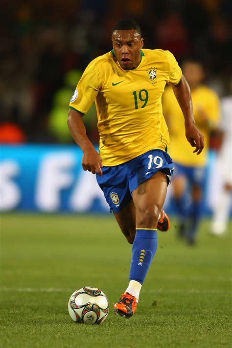Julio Baptista in USA v Brazil   FIFA Confederations Cup ...