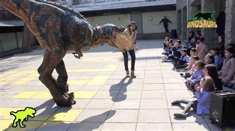 Jurásico Espectáculo Caminando con Dinosaurios   YouTube
