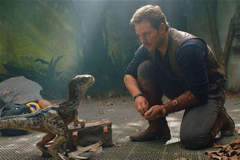 Jurassic World 3, ecco il primo poster del nuovo film ...