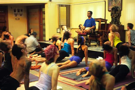 K Pattabhi Jois Ashtanga Yoga Institute   Mysore ...