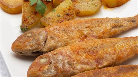 KARLOS ARGUIÑANO EN TU COCINA : Receta de salmonetes con ...