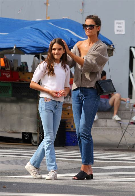 Katie Holmes and Daughter Suri Cruise Twin in Rare ...