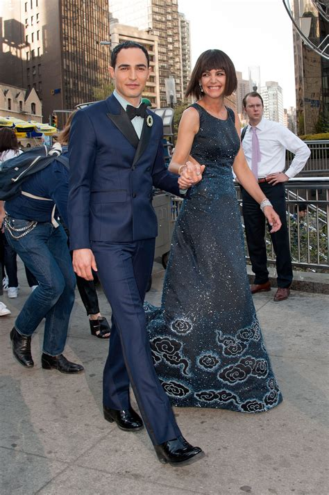 Katie Holmes  New Haircut, Met Gala Dress Sparkle In This ...