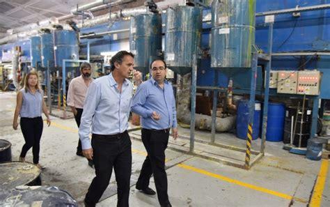 Katopodis visito la fabrica de globos tuky   Municipalidad ...