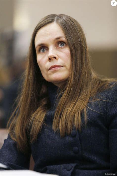 Katrin Jakobsdottir  Première Ministre d Islande ...
