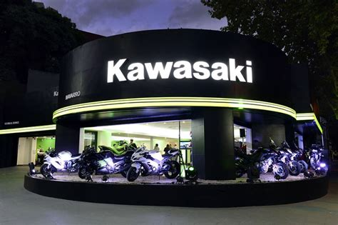 Kawasaki regresa a la avenida del Libertador con el ...