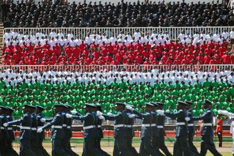 Kenya celebra su 50° aniversario de independencia, El ...