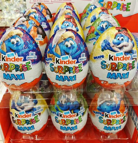 Kinder MAXI Chocolate Surprise Eggs With Toy Inside SMURFS ...