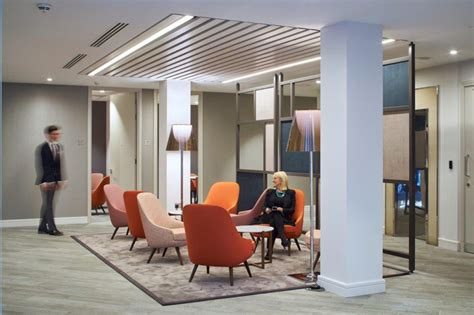KINGSLEY NAPLEY law firm | Furniture from Spain