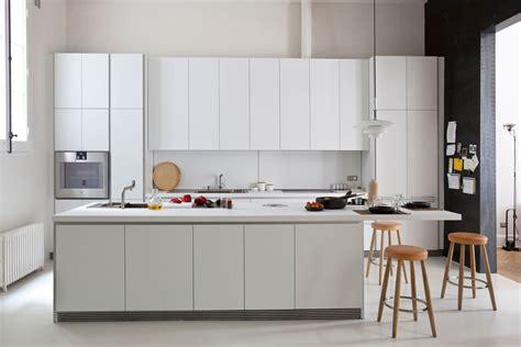 Kitchen design in Barcelona: more space   Greek BCN
