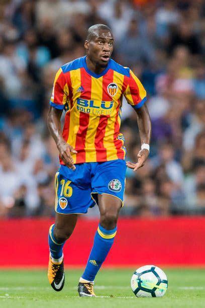 Kondogbia Valencia CF  con imágenes  | Liga de futbol ...