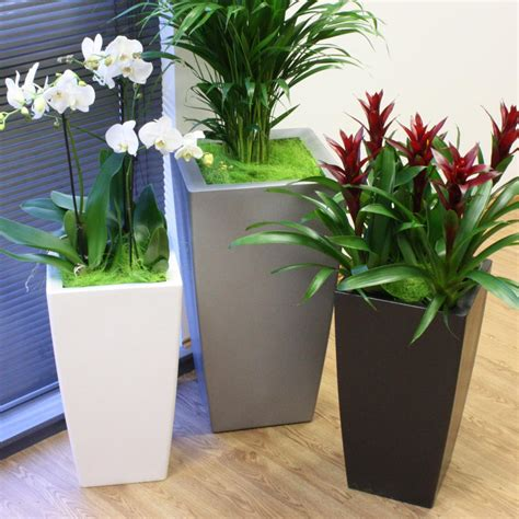 Kubik Tall Planter   Textured Black