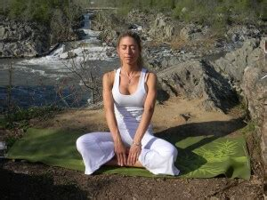 Kundalini Yoga for Beginners: Basic and Challenging ...