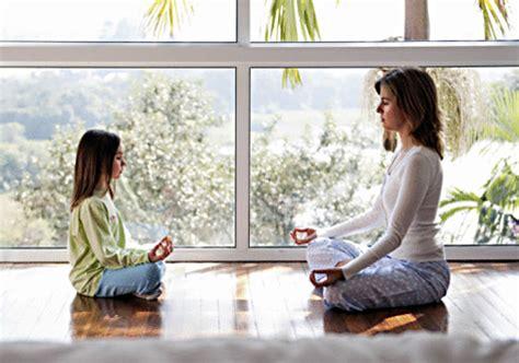 Kundalini Yoga for Mothers: Kirtan Kriya for You and Your ...