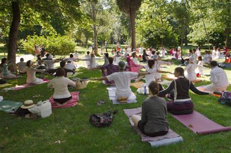 Kundalini Yoga según las enseñanzas de Yogui Bhajan | Yoga ...