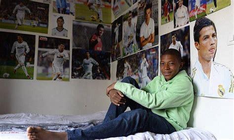 Kylian Mbappé la joven estrella que soñaba con ser como ...