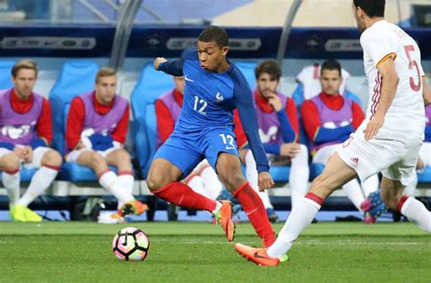 Kylian Mbappe transfer news: Monaco name their price for ...