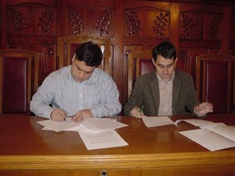 L Ajuntament de les Franqueses i l UGT signen un conveni ...