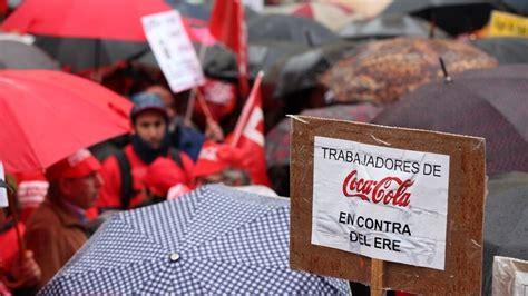 La AN obliga a Coca Cola a readmitir empleados, pero podrá ...