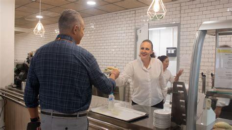 La cafetería del Hospital Virgen del Rocío de Sevilla ...