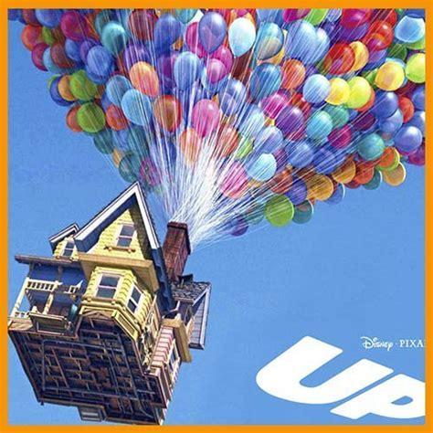La casa voladora de UP dando la vuelta al mundo