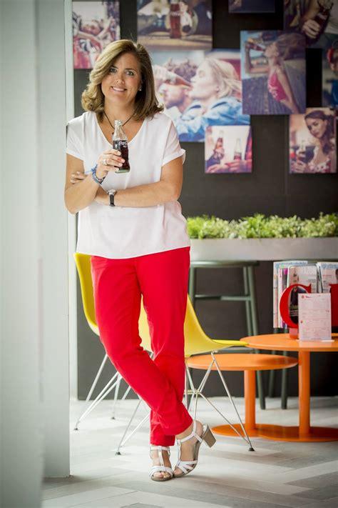 La directora de Recursos Humanos de Coca Cola Iberia ...