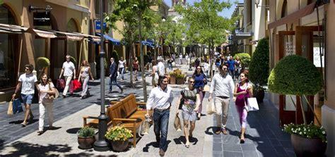 La dueña de los 'outlets' de lujo   Economía   EL PAÍS