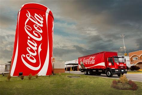 La embotelladora de Coca Cola pidió despedir a 80 ...