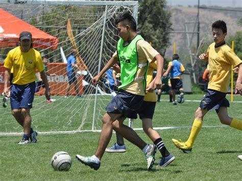 La escuela de fútbol de FC Barcelona visitará Calama ...