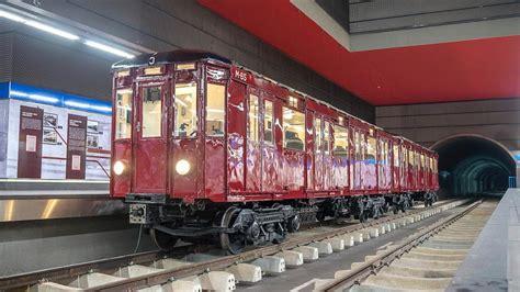 La exposición de la estación de Chamartín recibe un tren ...