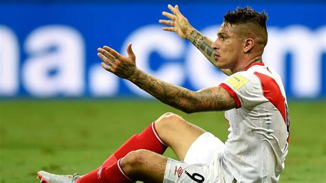 La FIFA suspende por un año al peruano Guerrero por ...