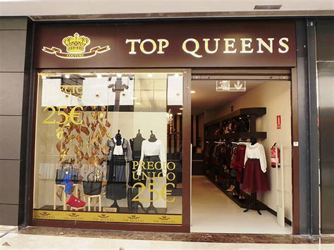 La firma de moda alicantina Top Queens lanza una línea ...