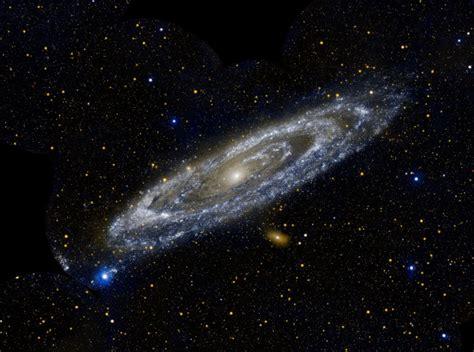 La galaxia de Andrómeda ha estado devorando otras galaxias ...