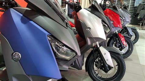 La gama completa de XMAX 125 te aguarda en Flick Moto ...